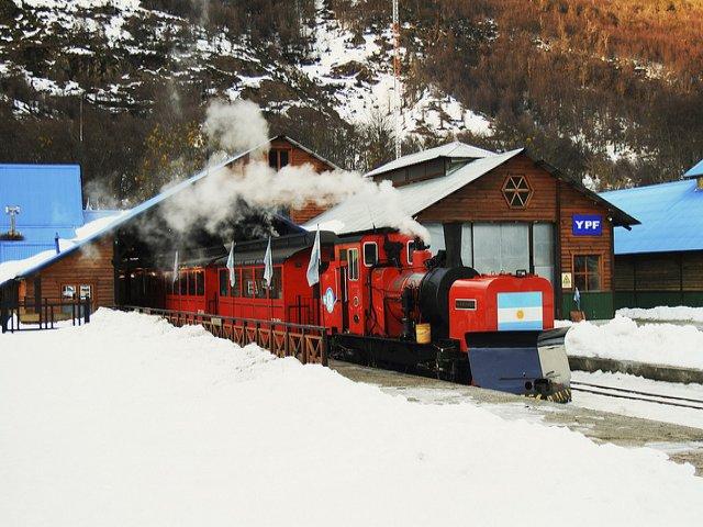 Viagem ao Parque Nacional Tierra del Fuego com o Trem do Fim do Mundo