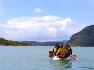 Rumo ao Parque Nacional Tierra del Fuego - Excursão de canoas na Baía de Lapataia
