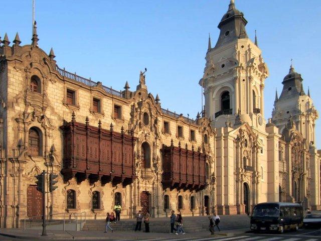 Tour guiado em Lima: Moderna e Histórica