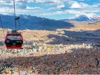 Explorando La Paz no teleférico urbano mais alto do mundo!