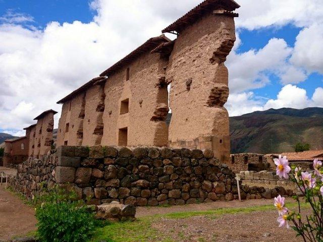 Viajando pela Cordilheira dos Andes até chegar em Puno